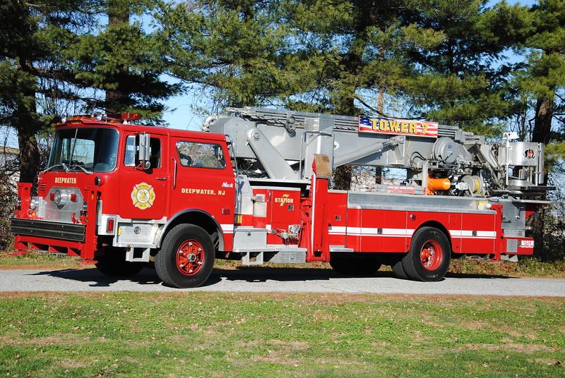 Deepwater Fire Company, Deepwater Tower 7-6