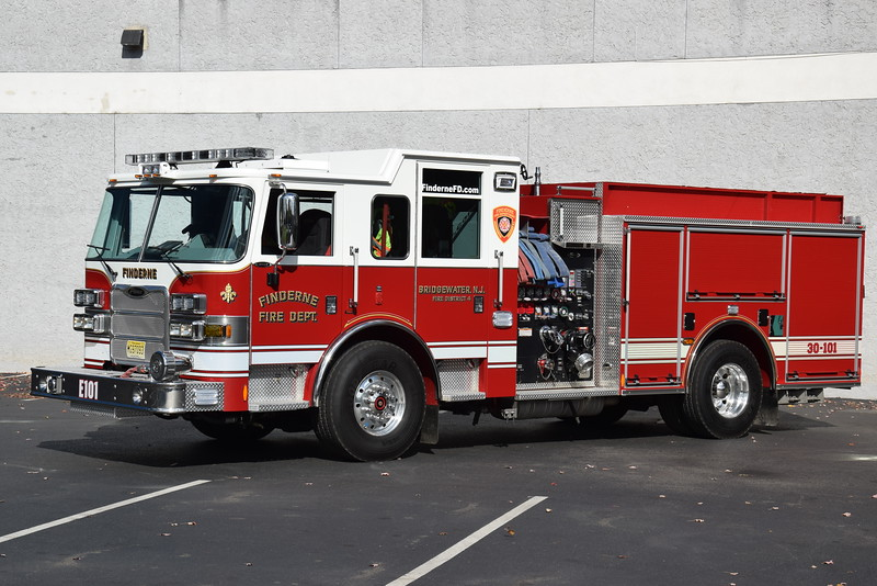 Finderne Fire Department Engine 301