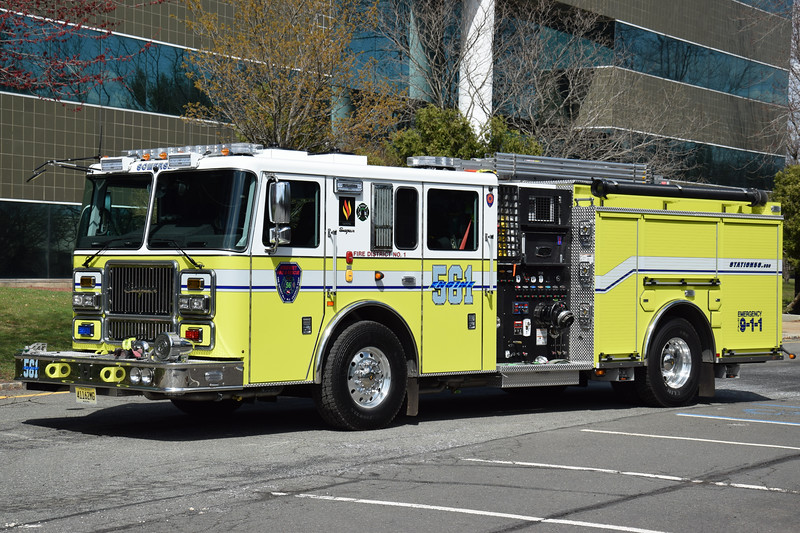 Somerset Fire & Rescue Engine 561