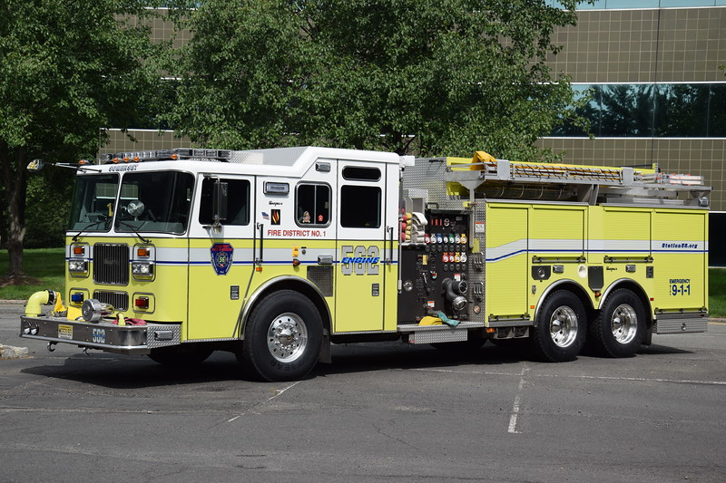 Somerset Fire & Rescue Engine 56-2