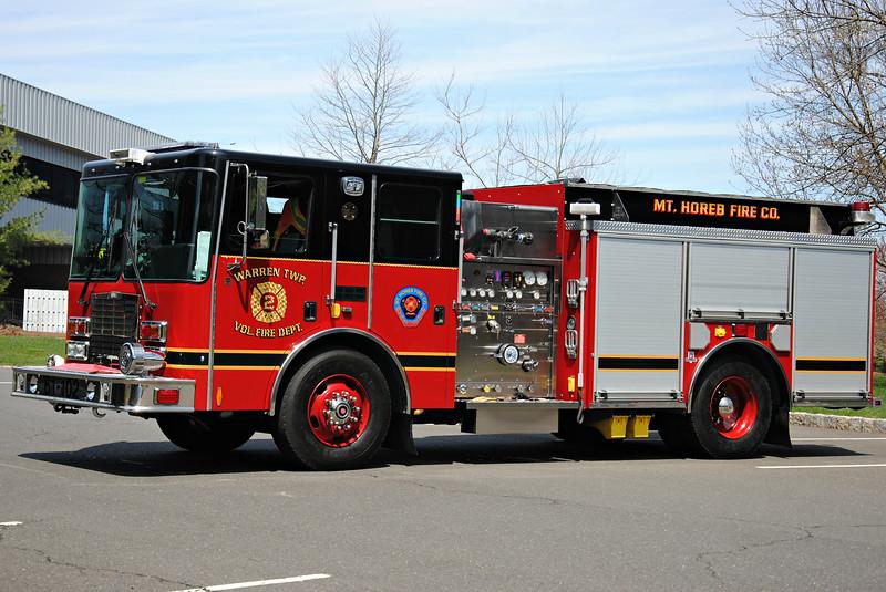 Mt Horeb Fire Company, Warren Twp Engine 61-102