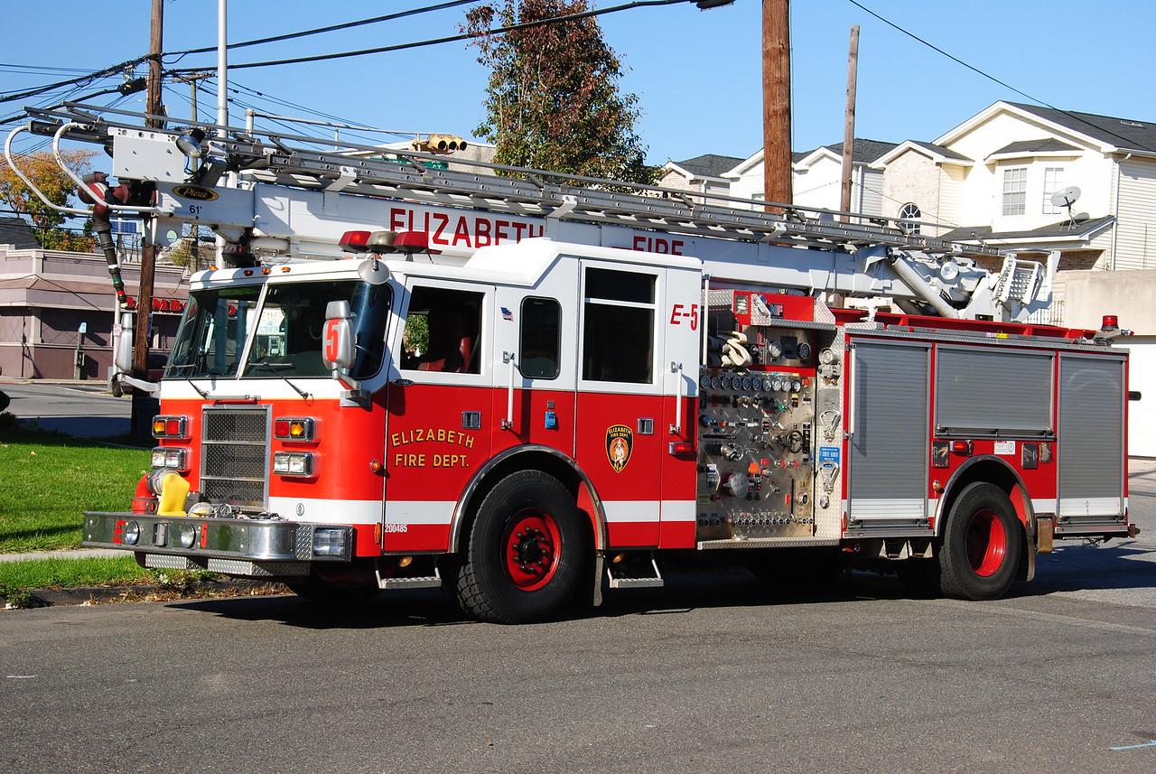 Elizabeth Fire Department, Elizabeth Reserve Engine 5