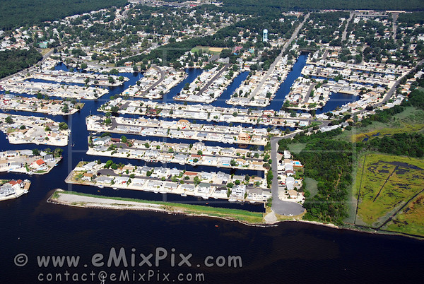 Barnegat Bay, NJ 08005 Aerial Photos - image 1 of 9.