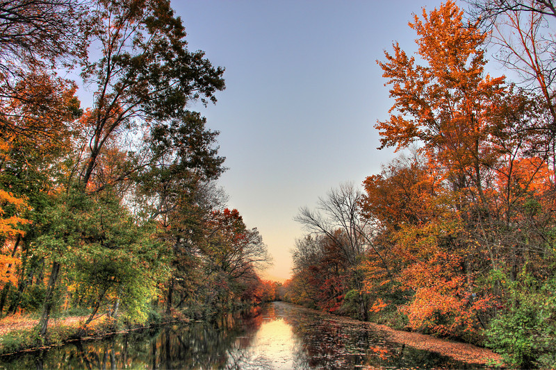 Delaware & Raritan Canal in the fall
