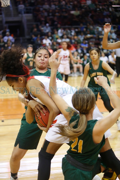 The first quarter of the West Las Vegas High School vs Robertson High School at the Santa Ana Star Center during State Championship quarter finals on Tuesday, March 12, 2019. Luis Sánchez Saturno/The New Mexican