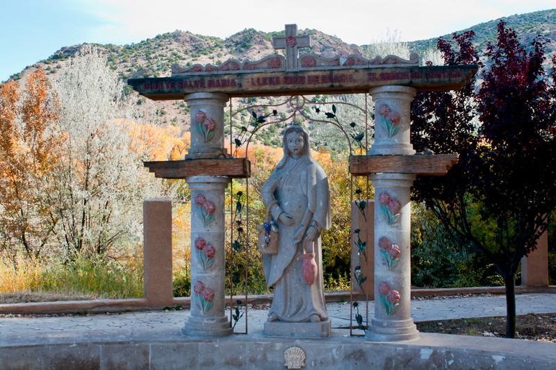El Santuario Grounds 2