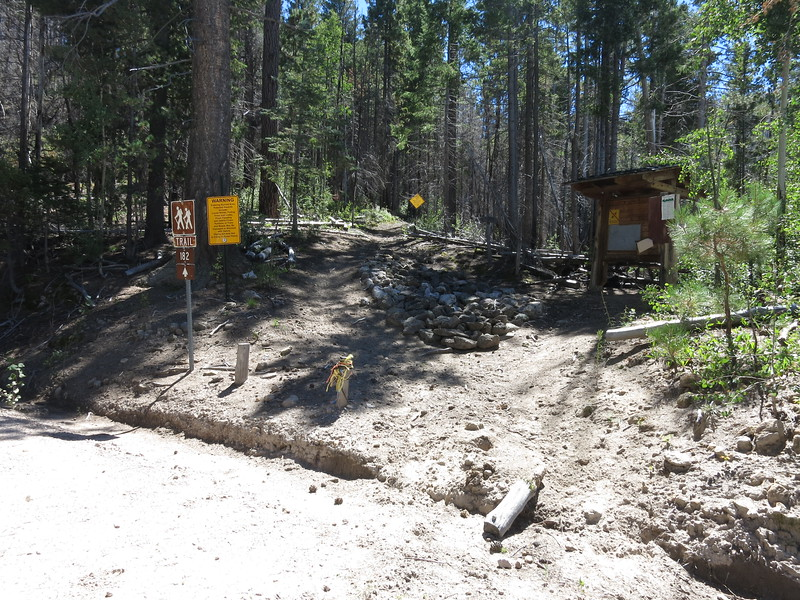 Trailhead along NM159 (Bursum Rd).