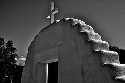 Taos Pueblo, Mission Plaza Arch