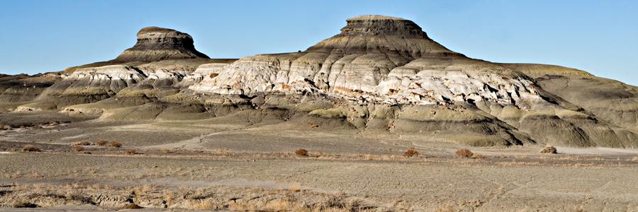 Fluvial channel sandstone lens between coal seams - Fruitland Formation