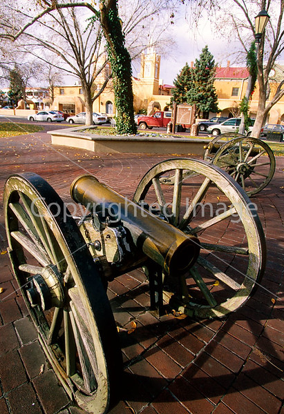 HIST nm sibley 6 - ORps - Confederate howitzers on Plaza of Old Town in Albuquerque commemorating battle against Union forces in 1862 - 72 dpi