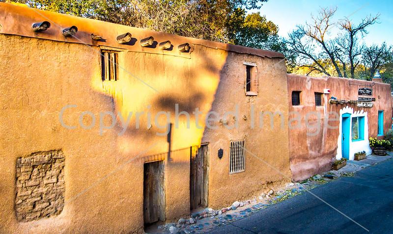 Oldest house in USA; Santa Fe, NM - D1-3 - C2-0316 - 72 ppi