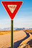 New Mexico - Yield sign - C3-0010 - 72 ppi