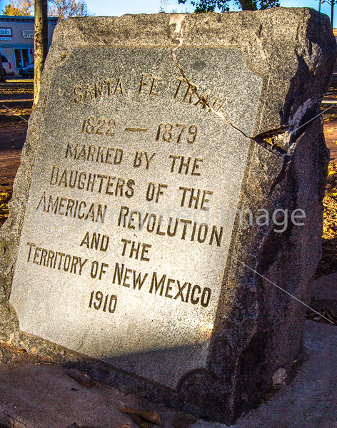 Santa Fe Trail monument in downtown plaza in Las Vegas, NM - D4-C2-0480 - 72 ppi