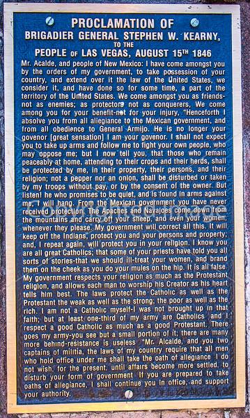 Plaque of Kearny's 1846 speech in downtown plaza in Las Vegas, NM - D4-C2-0485 - 72 ppi
