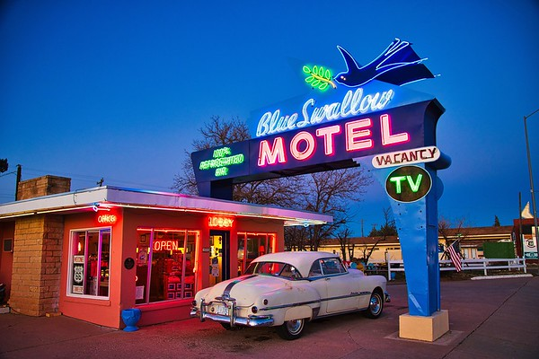 Blue Swallow Motel 2