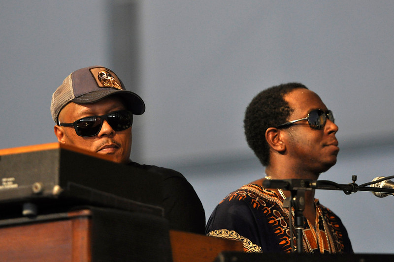 NEW ORLEANS, LA-May 5: Ivan Neville and Nigel Hall perform with the Warren Haynes Band at the New Orleans Jazz & Heritage Festival in New Orleans, LA on May 5, 2012. (L-R): Ivan Neville, Nigel Hall (Photo by Clayton Call/Redferns)