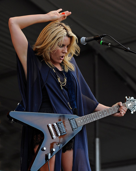 NEW ORLEANS, LA-May 4: Grace Potter & the Nocturnals perform at the New Orleans Jazz & Heritage Festival in New Orleans, LA on May 4, 2012. (Photo by Clayton Call/Redferns)