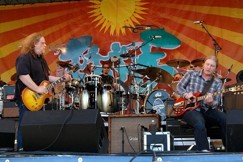 NEW ORLEANS, LA-APRIL 25: (L-R): Warren Haynes, Marc Quinones and Derek Trucks perform with the Allman Brothers Band at the New Orleans Jazz & Heritage Festival on April 25, 2010. (Photo by Clayton Call/Redferns)