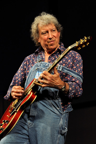 NEW ORLEANS, LA-APRIL 23: Elvin Bishop performs at the New Orleans Jazz & Heritage Festival on April 23, 2010. (Photo by Clayton Call/Redferns)
