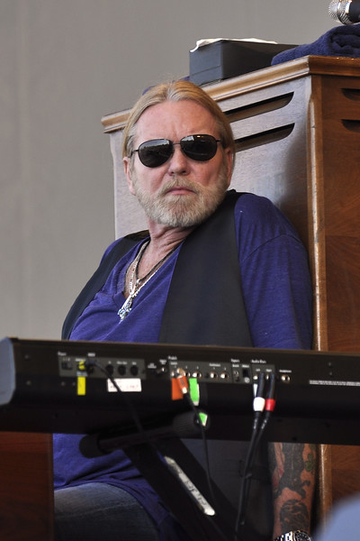 NEW ORLEANS, LA-APRIL 25: Greg Allman performs with the Allman Brothers Band on the Acura Stage at the New Orleans Jazz & Heritage Festival on April 25, 2010. (Photo by Clayton Call/Redferns)