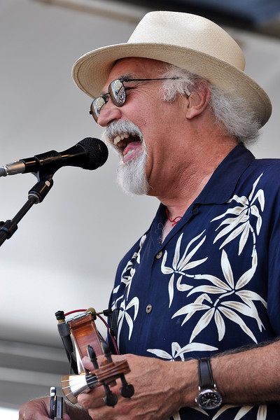 Michael Doucet performing with BeauSoleil at the New Orleans Jazz & Heritage Festival on May 1, 2009.