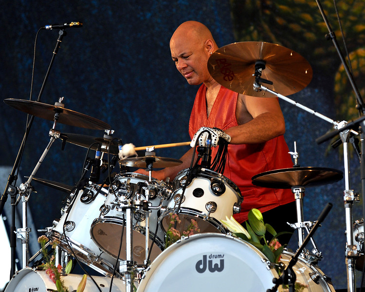 NEW ORLEANS, LA-MAY 1: Narada Michael Walden performs with Jeff Beck at the Gentilly Stage at the New Orleans Jazz & Heritage Festival on May 1, 2010. (Photo by Clayton Call/Redferns)