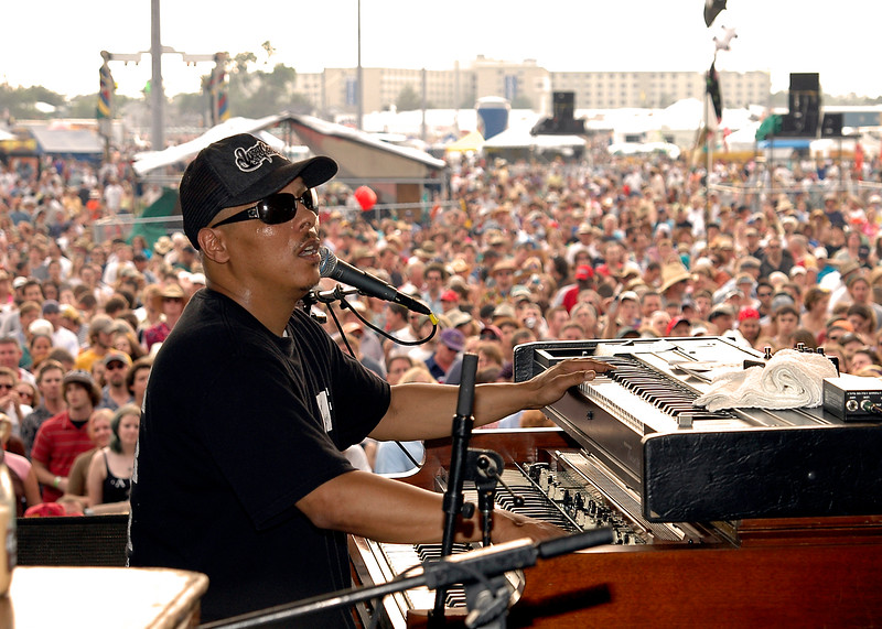 Ivan Neville & Dumpstaphunk perfoming at the New Orleans Jazz & Heritage Festival on May 7, 2006.