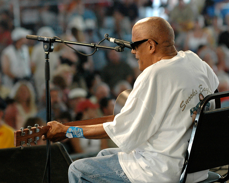 Snooks Eaglin performs at the New Orleans Jazz & Heritage Festival on May 4, 2008.
