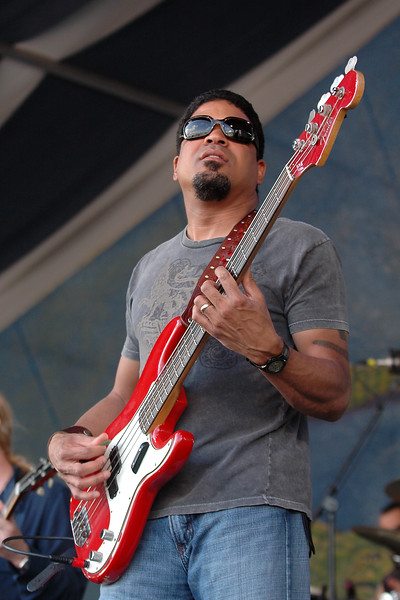 Oteil Burbridge performs with the Allman Brothers Band at the New Orleans Jazz & Heritage Festival on May 5, 2007.