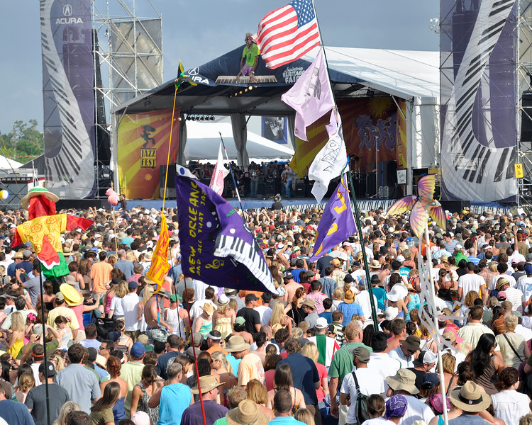 Fans listen to the Dave Matthews Band on the main stage at the New Orleans Jazz & Heritage Festival on April 26, 2009.