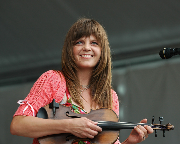 Theresa Andersson performs live at the New Orleans Jazz & Heritage Festival on April 25, 2008.