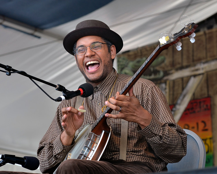 NEW ORLEANS, LA-APRIL 28: Dom Flemons performs with the Carolina Chocolate Drops at the New Orleans Jazz & Heritage Festival in New Orleans, LA on April 28, 2012. (Photo by Clayton Call/Redferns)