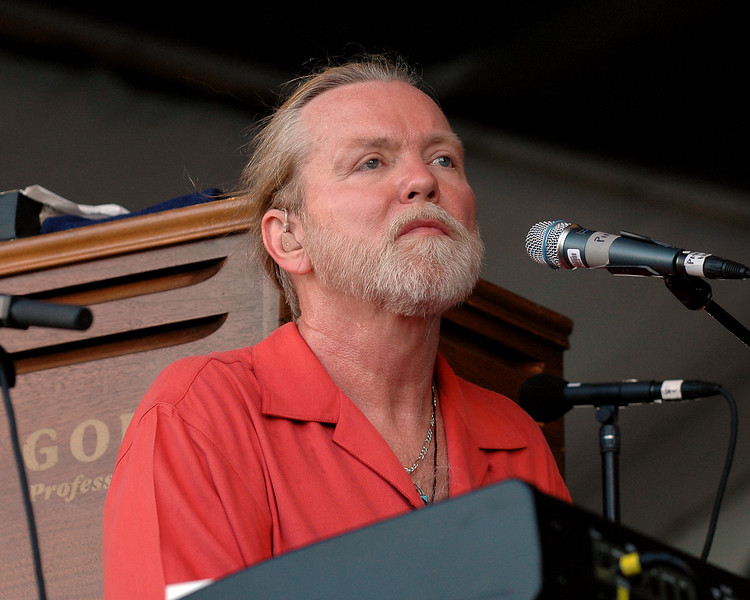Greg Allman performs with the Allman Brothers Band at the New Orleans Jazz & Heritage Festival on May 5, 2007.
