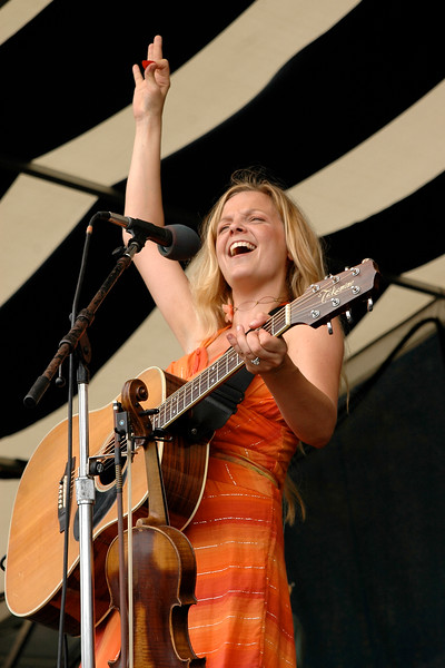 Theresa Andersson perfoming at the New Orleans Jazz & Heritage Festival on May 6, 2006.