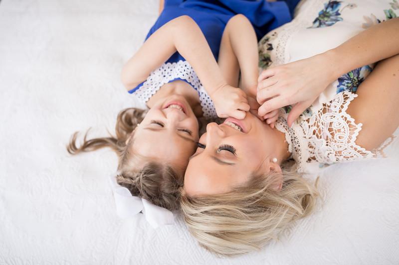 Dawn Roe Photography, Family Photographer www.StudioRoe.com