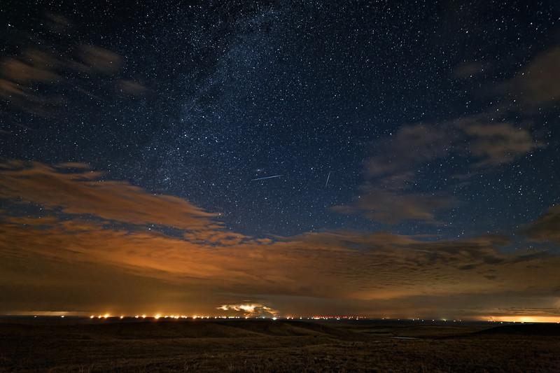 Meteors on Mordor