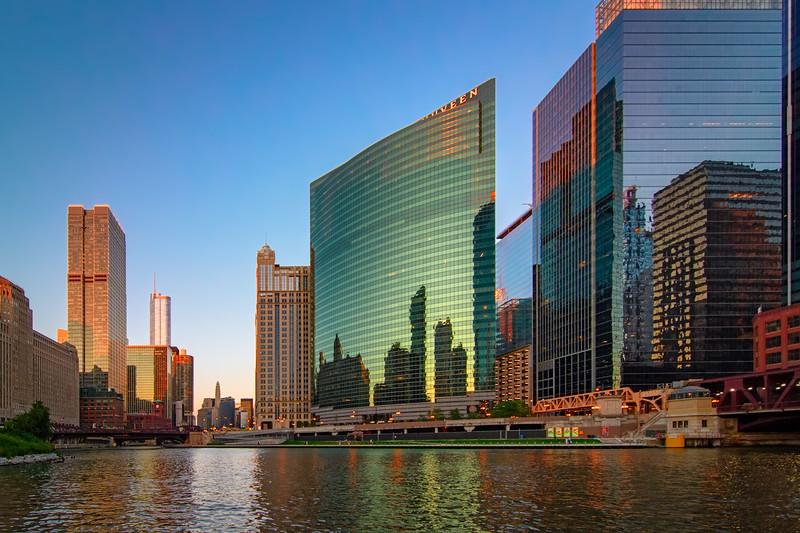Chicago River Sunset Cruising