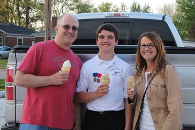 Nicl, David and Jill at Wallys