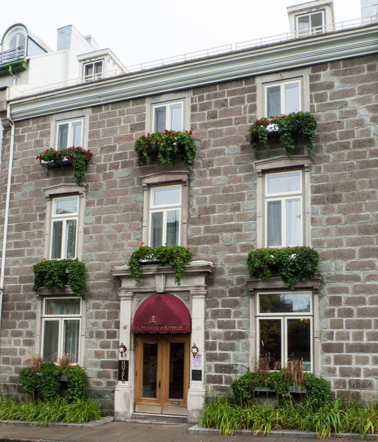 Front of our hotel - Quebec