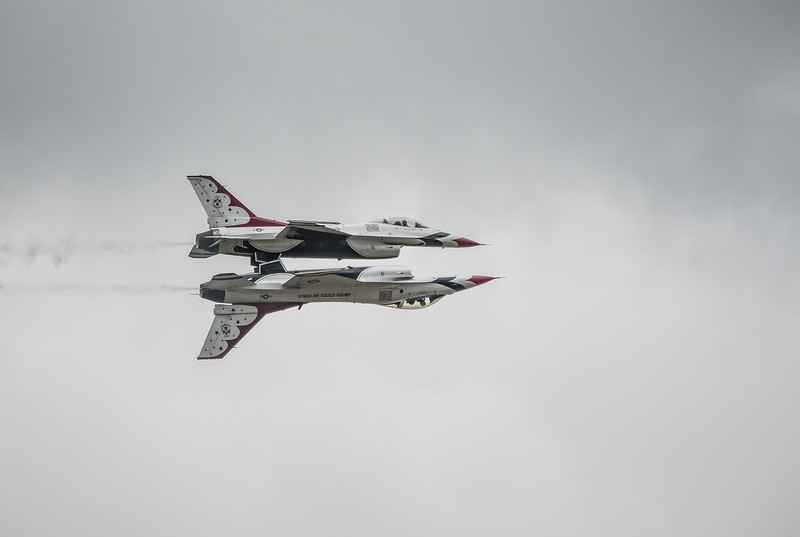 The United States Air Force Thunderbirds -  F16 Fighting Falcons -  REFLECTION PASS