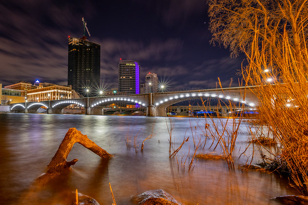 Grand Rapids: At Water's Edge