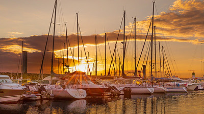 Sunset set on the harbour