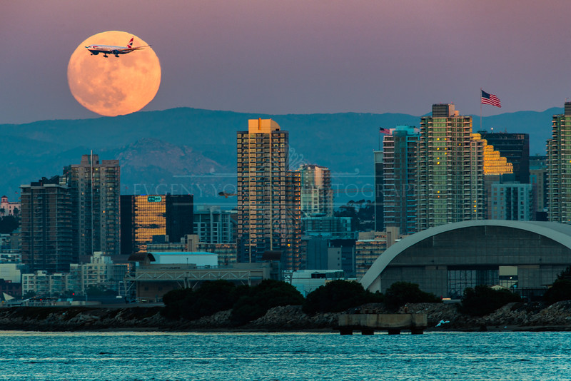 """Supermoon Rising"""
