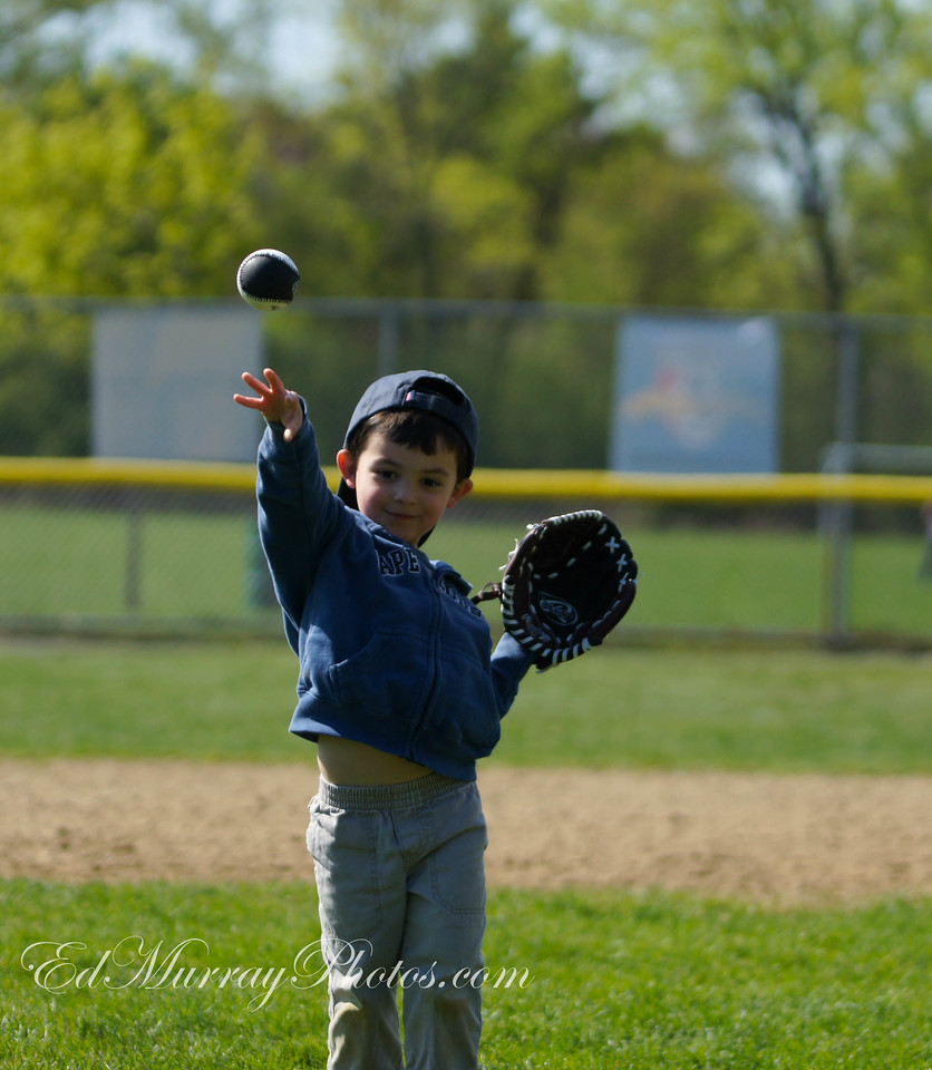 1st pitch: Another of him tossing his basball to me. (Sorry I wasn;t around yesterday to visist and make comments - I'll try to catch up today) Thank you everyone for your continued visits, comements, critques and support! Have a great weekend - see Monday!