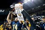 M18109-NCAA Championship-0609