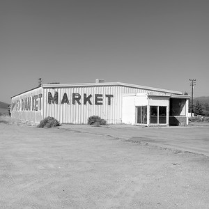Market, Bridgeport, CA