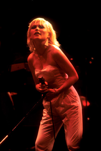 OAKLAND, CA-AUGUST 12: Debbie Harry performing with Blondie at the Oakland Auditorium on August 12, 1979. (Photo by Clayton Call/Redferns)