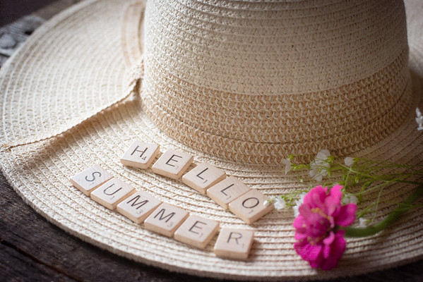 June 21 - Hello Summer!  <br /> <br /> Nice to have warm weather and flowers :)