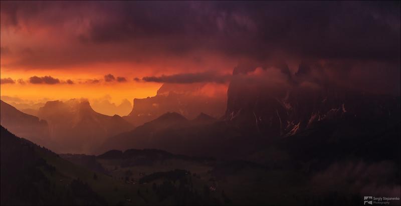Fire Above Plateau | Пламя над плато