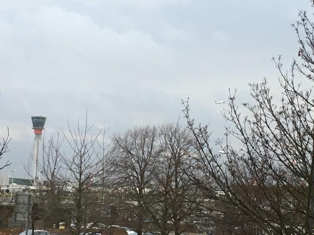 Heathrow from Leonardos Hotel